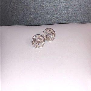NWOT 1.02ctw genuine 925 diamond earrings